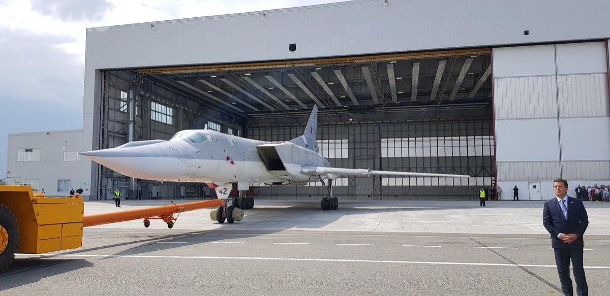 Najbardziej zauważalną zmodyfikowanego płatowca Tu-22M3M jest owiewka wgórnej części dziobu. Donowego standardu ma zostać doprowadzonych 30 z77 samolotów tego typu, wchodzących wskład rosyjskich Sił Powietrzno-Kosmicznych (WKS)