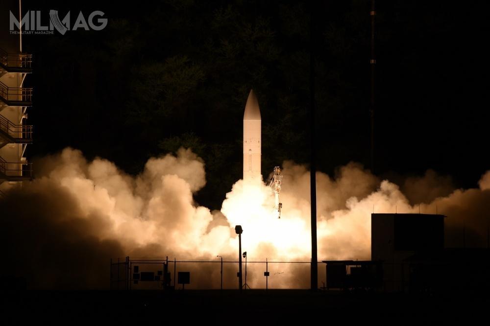 Próba kadłuba hipersonicznego pocisku szybującego okryptonimie C-HGB jest kolejnym etapem priorytetowego programu rozwijanego przezwszystkie rodzaje sił zbrojnych USA idwie agencje rządowe: MDA iDARPA / Zdjęcie: Departament Obrony USA