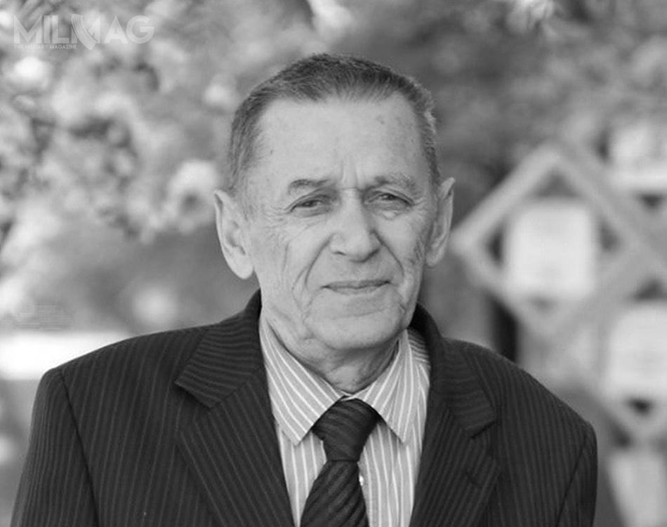 W życiu prywatnym Wiktor Michałowicz Kałasznikow (1942-2018) doczekał się dwóch synów Michaiła iAleksandra. Pogrzeb zmarłego konstruktora odbędzie się wIżewsku nalokalnym cmentarzu Południowym. /Zdjęcie: Iżewski Państwowy Uniwersytet Techniczny