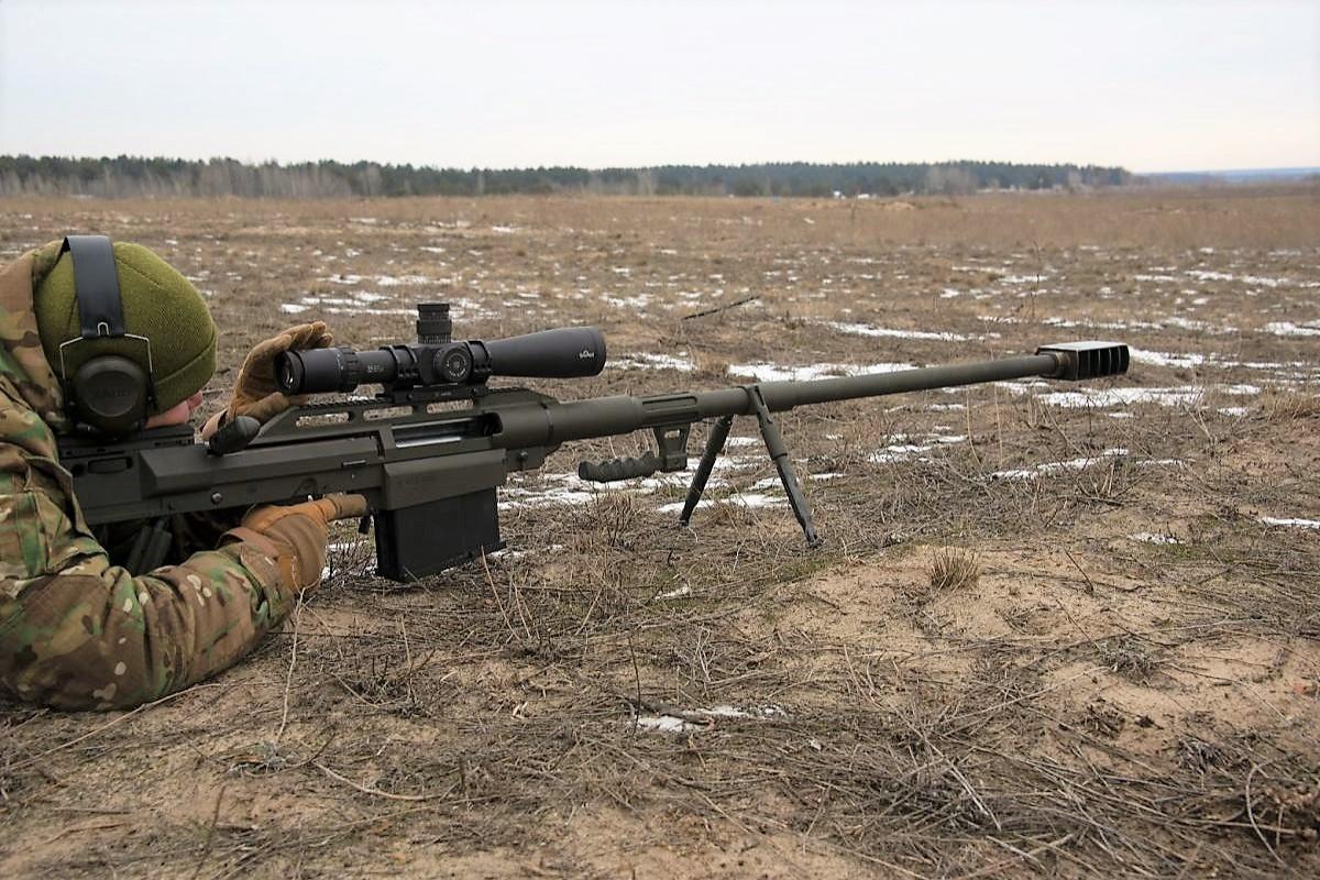 Ukraińskie siły zbrojne przyjęły douzbrojenia 14,5-mm powtarzalny karabin przeciwsprzętowy Snipex Alligator. Broń ma służyć doniszczenia celów technicznych.